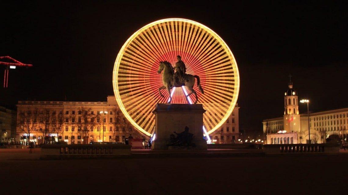 Grande roue Plance Bellecour à Lyon